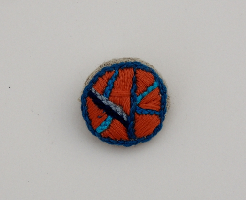Broche, Broderie